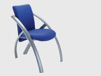 Biroja krēsli | CARISMA
