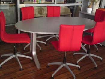 Biroja krēsli vadītājiem | MERITIUM